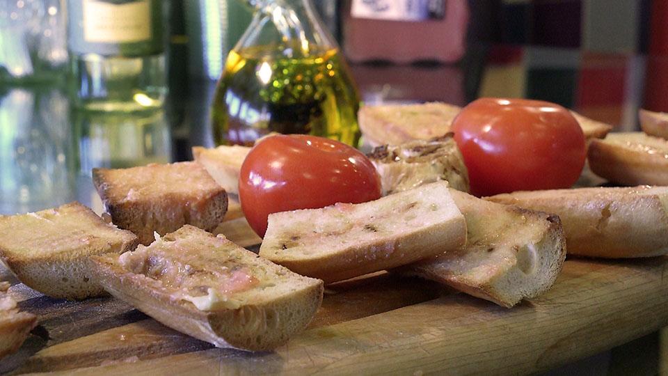 Harvest Tomato Garlic Toast | Flavor, NC